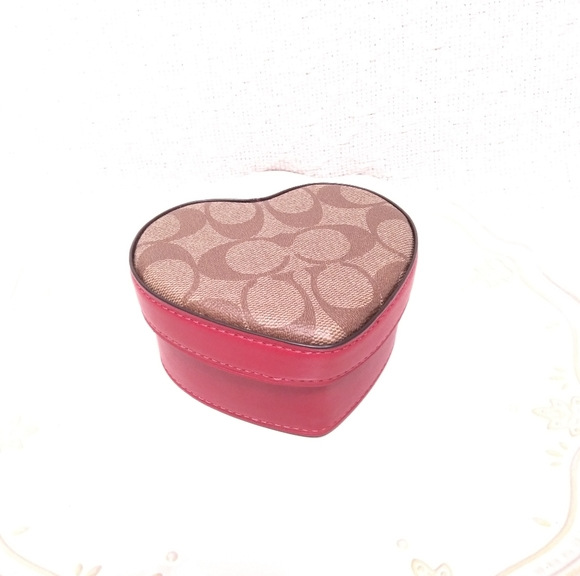 NWT Coach Heart Signature Khaki Red Trinket Box